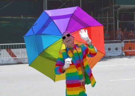 El totalitarismo disfrazado de colores