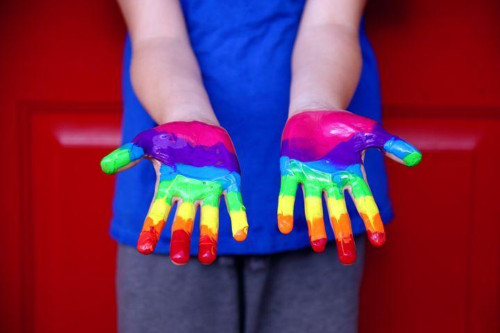 Razones para rechazar la ideología de género en los colegios.